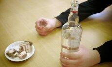 Jelgavā mediķiem nodots Zinību dienas svinētājs divu promiļu reibumā