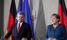 Merkele atbalsta jaunu Ukrainas miera sarunu rīkošanu