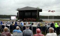 Foto: Ar vērienīgu koncertu nosvinēti Likteņdārza projekta 10 gadi