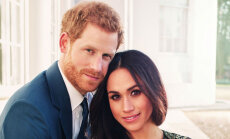 Britu karaļnams publisko mīlas pilnus prinča Harija un Meganas foto
