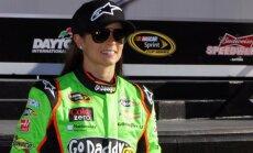 NASCAR zvaigzne Danika Patrika atsakās no cīņas par 'Haas' F-1 komandas pilota vietu