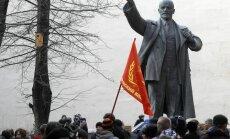 Mudina no visiem Krievijas pilsētu laukumiem aizvākt Ļeņina pieminekļus