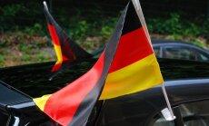 Vācieši vēlas attiecību uzlabošanos ar Krieviju, liecina aptauja