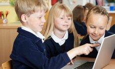 Skolotājiem bažas, vai bērni spēs sekot līdzi jaunajam mācību saturam