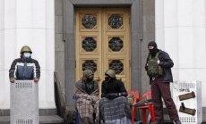 Krievija atliek aizdevuma izmaksu Ukrainai; SVF gatavs uzsākt sarunas