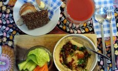 Paēst Rīgā par 10 eiro. Ko piedāvā restorāns 'Fazenda'