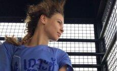 Taizemē apcietinātā Nastja Ribka lūdz ASV palīdzību