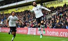 Rezultatīvais Salāhs 'Liverpool' komandai izrauj uzvar Anglijas futbola premjerlīgas spēlē