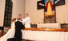 ФОТО: Президент Эстонии опубликовал фото закрытой церемонии бракосочетания с Иевой Купце