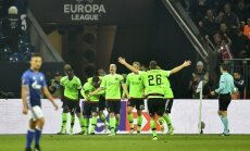 Ajax celebrate winning Europa League quarterfinal vs FC Schalke