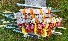 Aklā degustācija: 'Tasty' pārbauda sešas populāras cūkgaļas šašlika marinādes