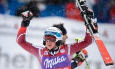 Kalnu slēpotāji Kristofešens un Rebensburga gūst uzvaras Pasaules kausa sacensībās