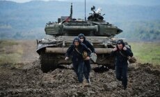 Krievijas uzbrukuma gadījumā 39% iedzīvotāju nedarītu neko vai arī atstātu Latviju