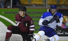 Latvijas U-20 hokeja izlase pārbaudes spēlē revanšējas Kazahstānai