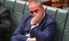 Austrālijas valdības ministriem aizliedz seksuālas attiecības ar personālu