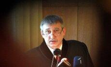 Valsts amatpersonu korupcijas noziegumu skaits uz pusi sarucis, paziņo Kalnmeiers