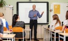 Uzņēmējs Juris Sīlis iedvesmo skolēnus sākt pārmaiņas ar sevi