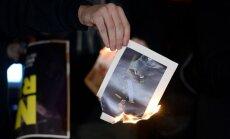 Spānijas policija par karaļa fotogrāfiju dedzināšanu aizturējusi piecus katalāņus