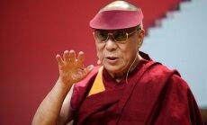 Dalailama: Putins ir pārlieku egocentrisks un grib 'atjaunot Berlīnes mūri'