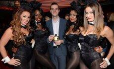 'Playboy' pārmaiņu priekšvakarā: Hefners vadības grožus nodod dēlam