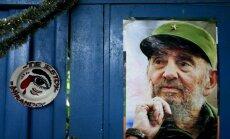 Fidels Kastro pirmo reizi 14 mēnešu laikā parādās atklātībā