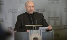 Ukraina neievedīs Krimā karaspēku, paziņo Turčinovs