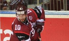 Latvijas hokejisti gatavošanos pasaules čempionātam noslēdz ar zaudējumu