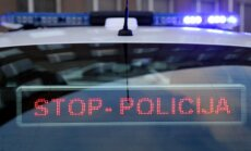 Juglā trīs automašīnu sadursmē divi cietušie