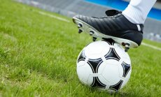 Latvijas U-21 izlase deviņu futbolistu sastāvā nenosargā uzvaru pār Melnkalni