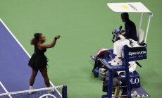 Video: Titulētā Serēna Viljamsa nesavaldās un neievēro tenisa ētiku