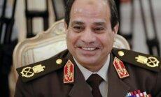 Ēģiptes prezidents 'neiejauksies' tiesas darbā