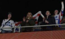 Toljati 'Lada' līdzjutēji mītiņā protestēs pret kluba izslēgšanu no KHL