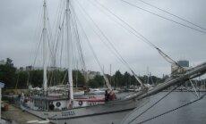 Rīgas ostā jau apskatāmi daži burinieki