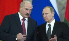 Lukašenko gatavs ar Putinu apspriest jautājumu par Krievijas bāzes izveidi Baltkrievijā