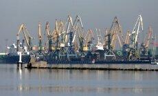 Vēstnieks: Krievija varētu pilnībā atteikties no kravu tranzīta caur Baltijas ostām