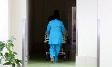 Lasītāja satraukusies: Stacionārā 'Biķernieki' nav ārstu, kas apskatītu sapampušu kāju