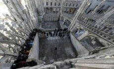 Dienas ceļojumu foto: Kāpnes uz majestātiskās Milānas katedrāles jumtu