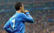 Ronaldu 'hat trick' palīdz 'Real Madrid' gūt graujošu uzvaru