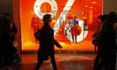 Jaunais likums: Polijā svētdien slēgta lielākā daļa veikalu