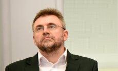 Депутат Клявиньш не будет отвечать ни на один вопрос СМИ по заведенному на него делу