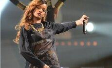 Рианна и Джастин Бибер стали лучшими исполнителями по версии MTV