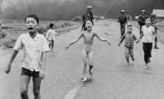 'Napalma meitene' sāk ārstēt pirms 43 gadiem gūtās rētas