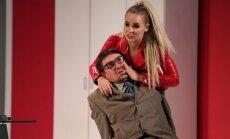Kā parasts folklorists slepkavot gāja. Daugavpils teātra izrādes 'Hantele killeram' apskats