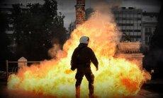 Забастовка в Афинах переросла в столкновения с полицией