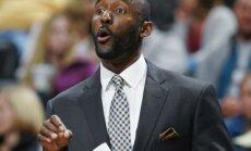 Par 'Hawks' jauno galveno treneri kļuvis Loids Pīrss