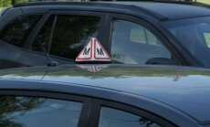 Topošajiem autovadītājiem grasās palielināt minimālo mācību braukšanas stundu skaitu