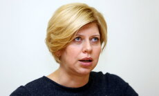 Ministre Čakša meitiņu nosaukusi par Annu