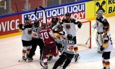 Kēniņš un Indrašis komentē Latvijas izlases uzvaru PČ pār olimpisko vicečempioni Vāciju