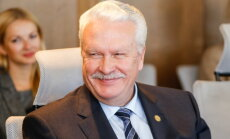 С понедельника обязанности премьера-министра исполняет Янис Дуклавс