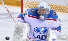 KHL vārtsargs: rubļa krīzes dēļ visi leģionāri meklē veidus, kā pamest komandas
